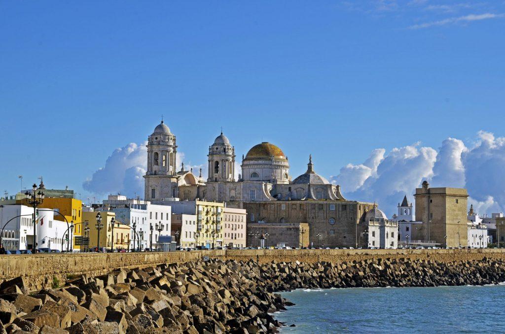 Placas solares para autoconsumo fotovoltaico en Cádiz